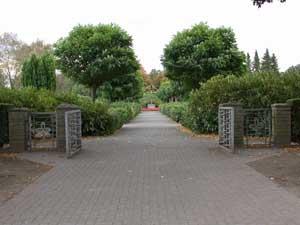 Friedhof Dorsten-Lembeck Eingang mit Tor
